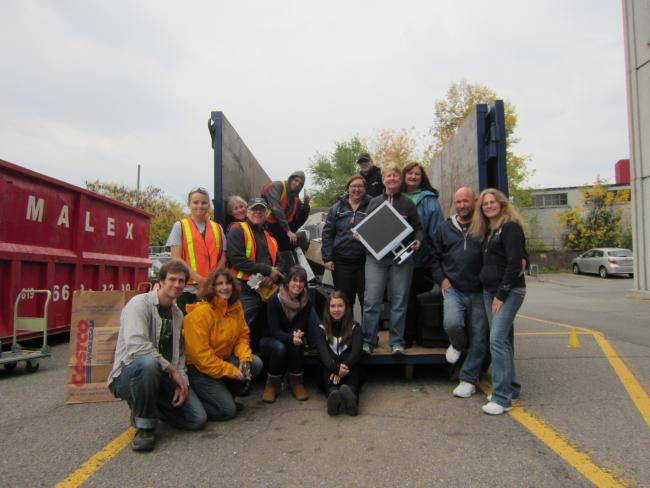 CHS Ottawa staff and volunteers collecting electronic recycleables.